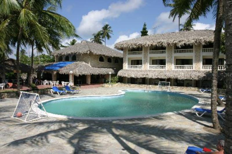 Buy Playa Esmeralda Beach Resort Timeshares For Sale Sell Playa